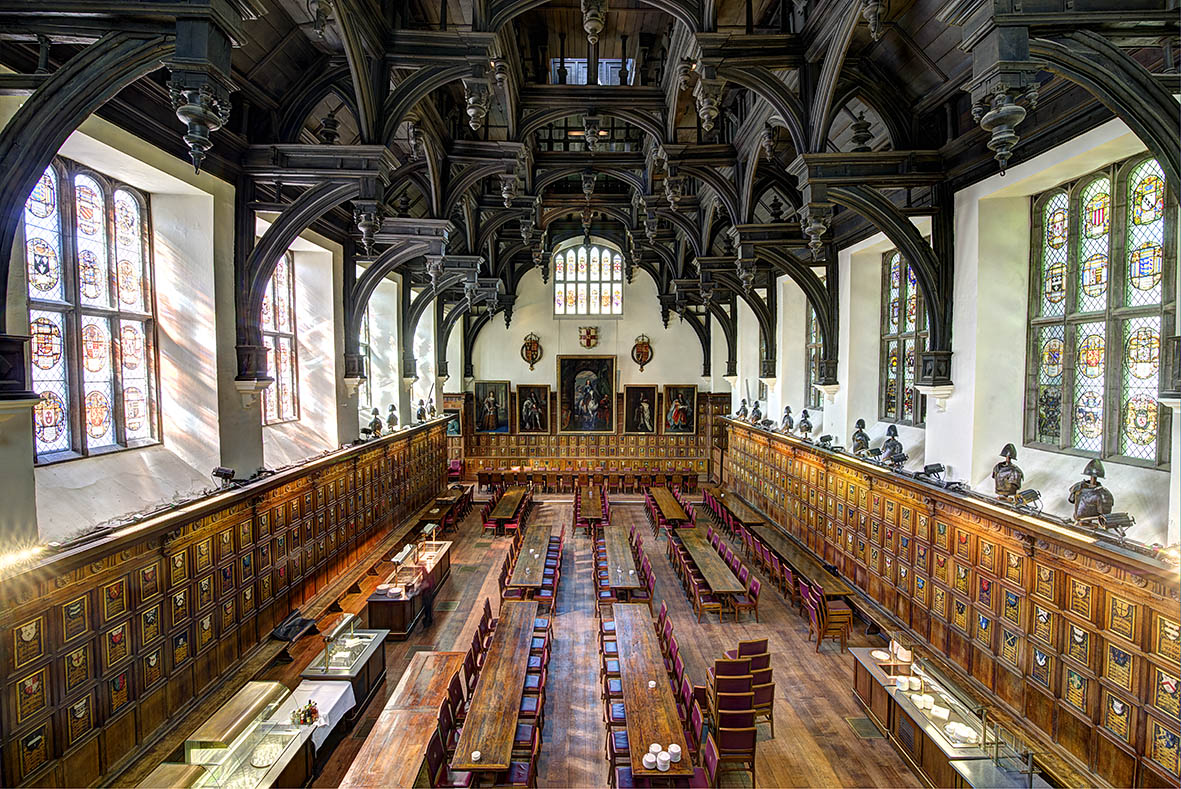 Middle Temple Litigation Lawyers in London High Court